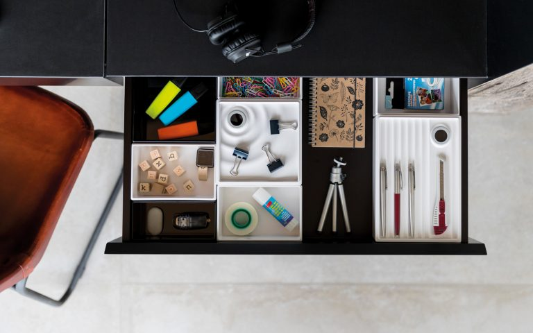 OrgaNiced Lade-indelingen Bureau-oplossingen voor clean desk