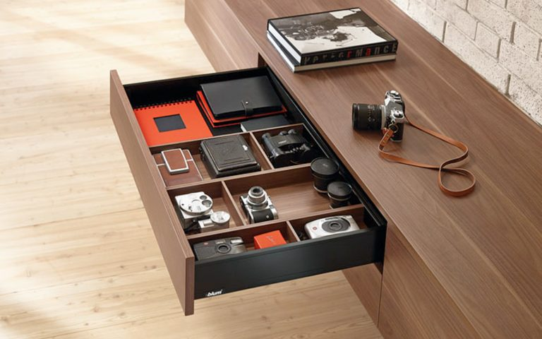 OrgaNiced Lade-indelingen in de woonkamer en hobbykamer